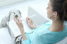 С 2015 года отдельные предметы ЕГЭ будут начитывать на диктофон