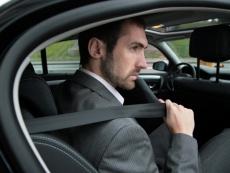 Госавтоинспекторы проверят в машинах ремни безопасности