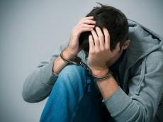 В Марий Эл группа подростков изнасиловала 13-летнюю школьницу