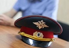 В Йошкар-Оле задержали пьяного полицейского, который разъезжал на личном авто по ночному городу