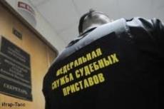 Житель Йошкар-Олы спрятался от судебных приставов на балконе в 30-градусный мороз