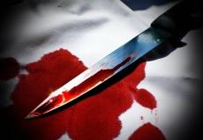 Отец ударил 18-летнего сына ножом в живот